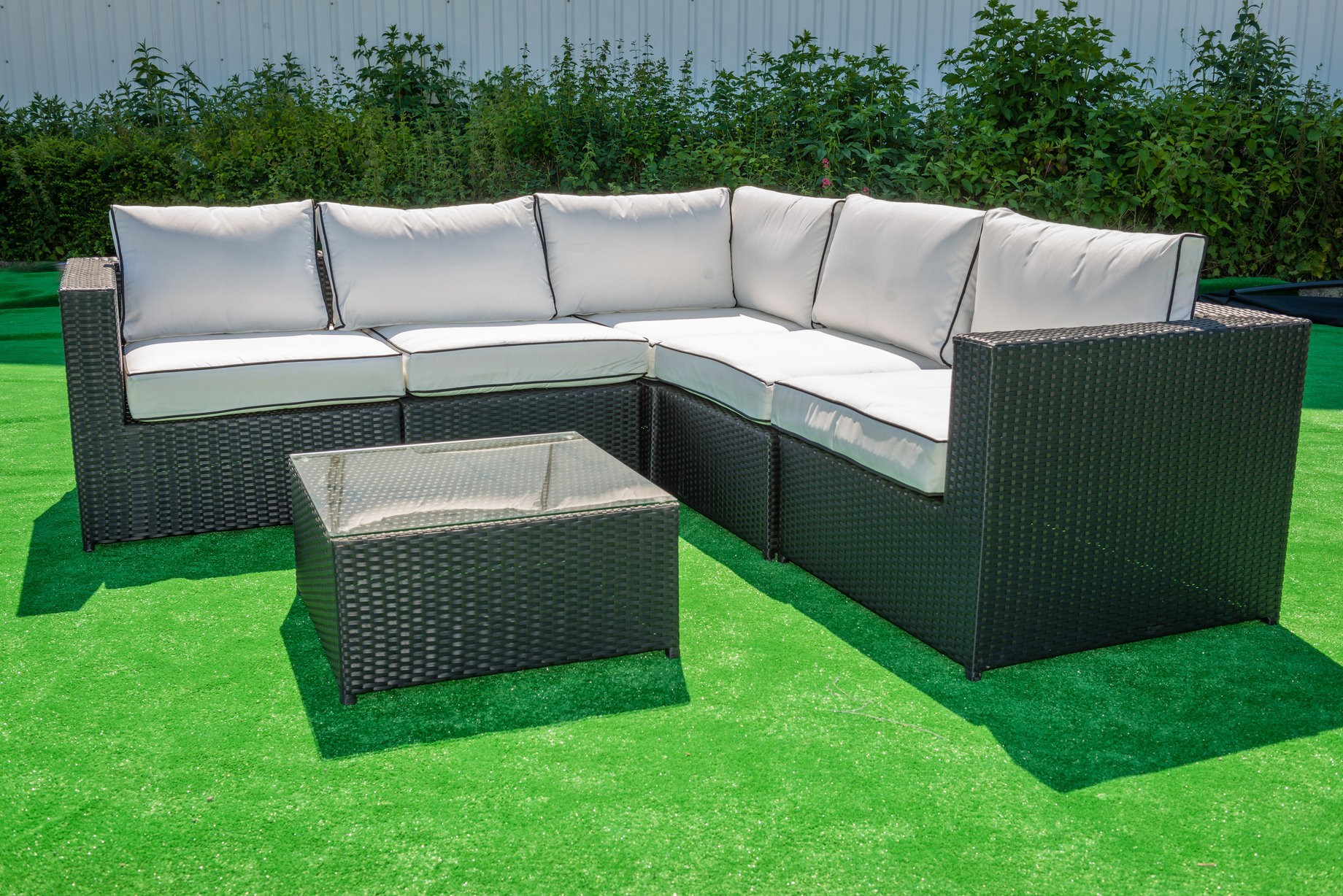 Rattan Corner Units Perfect For Summer Relaxation