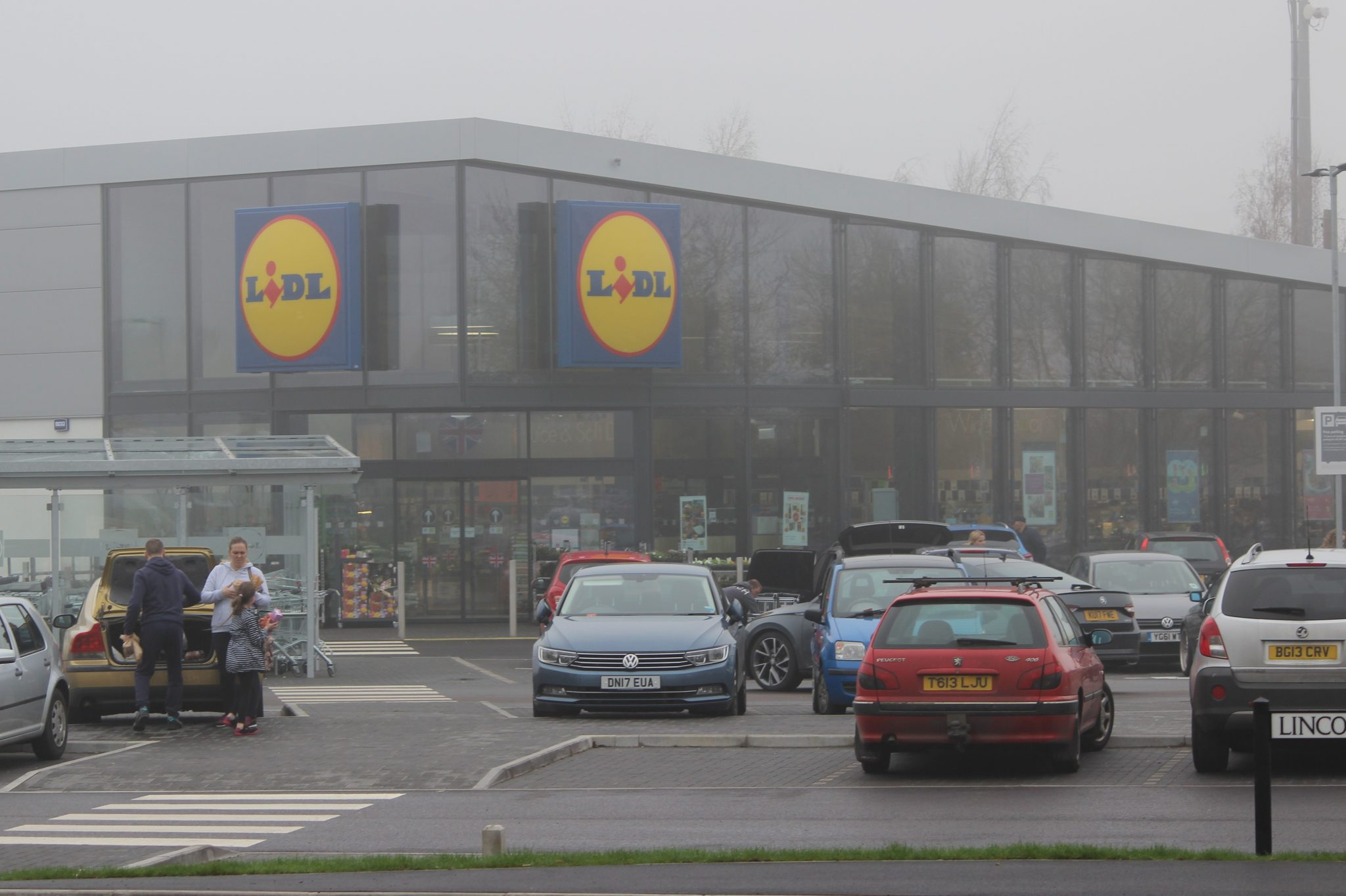 Rattan Furniture 2 Go based behind Lidl Store on Lincoln Road Peterborough